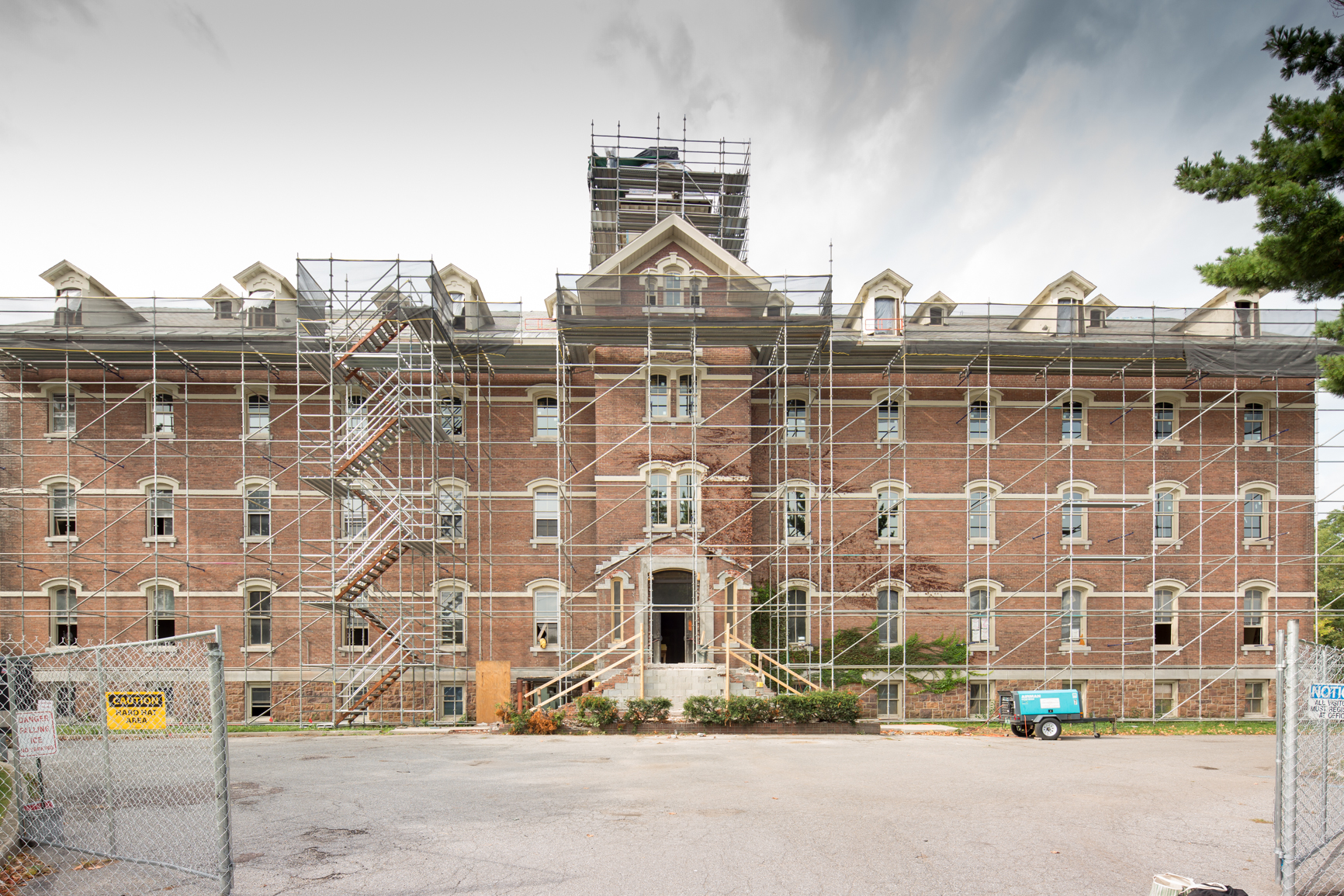 Burlington College Transforms into Liberty House [Renovation]